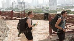 The Amazing Race season 28 episode 4 A romance blossoms between two racers, and teams are caught in one of the largest-ever footraces to the mat for first place.