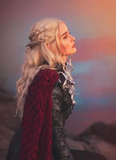 Wavy Light Ash Blonde Lace Front Synthetic Wig – Wig Is Fashion Photos From Our Customers Product: Style Code: Color: Light Ash Blonde Cap Size: Head Circumference about Daenerys Targaryen Art, Khaleesi, Daenerys Targaryen Aesthetic, Deanerys Targaryen, Game Of Thrones Artwork, Light Ash Blonde, Quality Wigs, Mother Of Dragons, Wig Styles