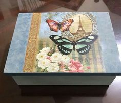 Discover thousands of images about Decoupage Box, Decoupage Vintage, Painted Boxes, Wooden Boxes, Diy Furniture, Furniture Makeover, Fun Crafts, Paper Crafts, Vintage Scrapbook