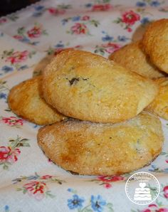 Raviole dolci Bolognese, Tortellini, Ravioli, Cornbread, Bread Recipes, Biscuits, French Toast, Muffins, Cookies