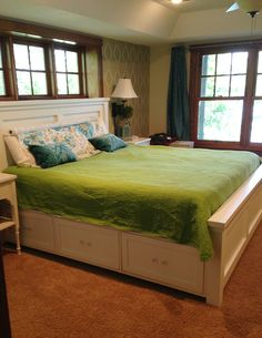 Storage bed frame diy - Time to retrofit our bedframe! Home Projects, Home, Bedroom Makeover, Home Bedroom, Home Furniture, Bedroom Diy, Homemade Bed Frame, Bed, New Beds