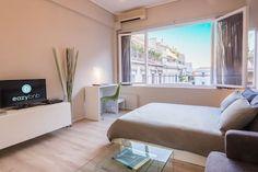 Δείτε αυτήν την υπέροχη καταχώρηση στην Airbnb: Superb studio apartment in ideal…