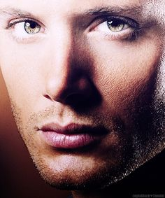 Who looks this good in an extreme close-up??