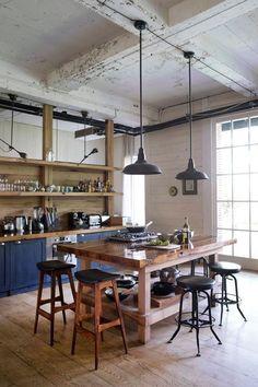 Love this studio kitchen Industrial Chic, Industrial House, Dining Room Design, Kitchen Design, Loft House, Rustic Kitchen, Loft Kitchen, Nice Kitchen, Studio Kitchen