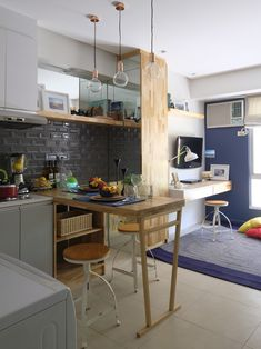 Ideas apartment small spaces inspiration home office Condo Interior Design, Studio Apartment Design, Small Studio Apartments, Condo Design, Modern House Design, Studio Condo, Studio Type Condo Ideas Small Spaces, Condo Kitchen, Apartment Kitchen