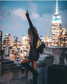 Where Do I Start… Hi! My name is Alyssa and I am a lifestyle and travel creator based in New York City. I'm 24 years… NYC City Photography, Winter Photography, Couple Photography, Photography Ideas, Fitness Photography, Nature Photography, Fashion Photography, New York Pictures, New York Photos