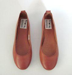 NEW Leather ballet flatswomen shoeswomens leather shoes by EATHINI