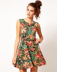 6752c95d2a85 River Island – Geblümtes Kurzkleid Glamouröse Kleider, Blumen Skaterkleid,  Blumendruck Kleider, Skater Kleidung