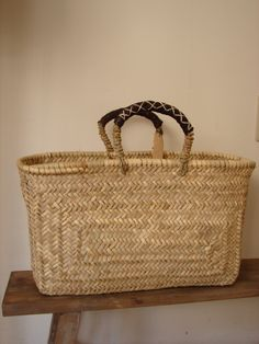 X ღɱɧღ Sisal, Flax Weaving, Basket Weaving, My Bags, Purses And Bags, Baskets, Weaving Projects, Basket Bag, Kyoto Japan