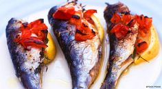 Time for some fish, try this recipe for grilled sardines with tomatoes. Sardine Recipes, Fish Recipes, Whole Food Recipes, Nautical Food, Grilled Sardines, Posh Nosh, Dinner Dishes, Fish Dishes, Eat Smarter