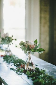 Cool 70+ Beautiful Eucalyptus Wedding Decoration Floral Arrangement https://weddmagz.com/70-beautiful-eucalyptus-wedding-decoration-floral-arrangement/