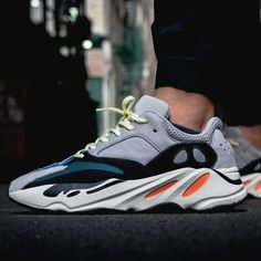 finest selection 76a74 fb42b Adidas Yeezy Wave Runner 700 Solid Grey