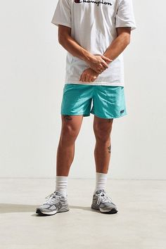 Patagonia Baggies Short Dope Outfits For Guys, Summer Outfits Men, Casual Outfits, Teen Boy Fashion, Unisex Fashion, Patagonia Outfit, Patagonia Shorts, Urban Outfitters Men, Manish