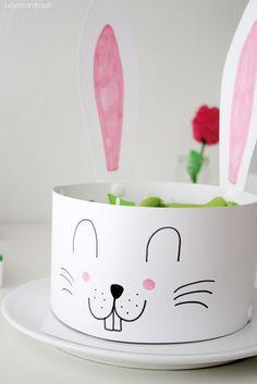 Luloveshandmade: Handmade bunny Easter baskets.
