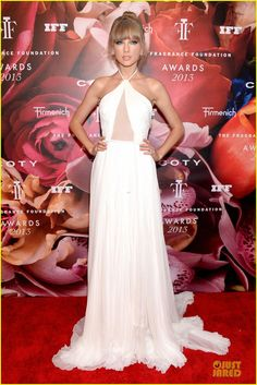 Taylor Swift in Emilio Pucci gown, Rene Caovilla shoes, and Lorraine Schwartz jewels.