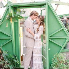 Lovely Ideas For Backyard Weddings!