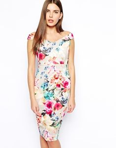 floral pencil skirt perfect for a summer wedding