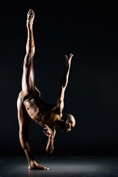 Oh to dance flex like that. dance photography Check out the website to see more