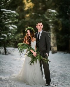 Seeing so many beautiful snow winter sessions on my feed this morning! ❄️ So, I decided to hop in and share a sneak peek into my intimate winter wonderland session with you all from yesterday! Jessica, Todd, & I drove up to Flagstaff where the snow was powdery and the sun illuminated warmth in the trees! This setting for us Phoenicians was truly magical! I have to thank @bellalilybridal for the dreamy gown! @hootandholler for creating the real wreath shawl and crown & @pearls_makeup for the…