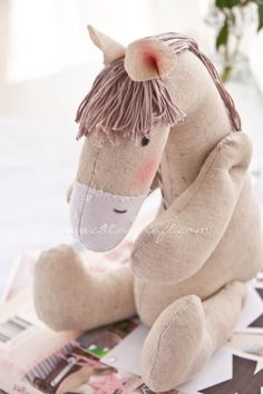 Catalina Alvarez photography: [ Trasformare una passione in un lavoro ] Sewing Stuffed Animals, Cute Stuffed Animals, Stuffed Animal Patterns, Sewing Toys, Sewing Crafts, Sewing Projects, Softies, Plushies, Baby Toys