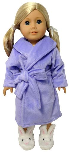 This dressing gown is perfect for keeping dolly warm when getting ready for bed in winter. Made from gorgeous soft fleece.