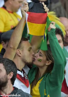 Andre Schuerrle and Mesut Ozil struck in extra time to earn Germany a win over Algeria in a pulsating last 16 clash in Porto Alegre on. Soccer Fans, Football Fans, World Cup 2014, Fifa World Cup, Germany Vs, Word Cup, Sports Wallpapers, Best Fan, World's Most Beautiful