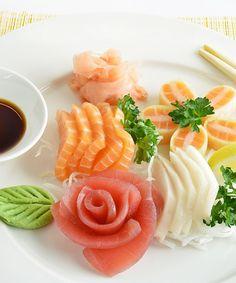 Leckeres Sashimi und Sushi aus unserer Sushibar