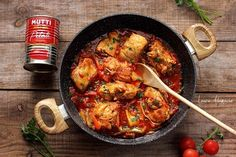 Romanian Food, Romanian Recipes, Paella, Meat, Chicken, Cooking, Ethnic Recipes, Recipes With Chicken, Kitchen