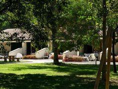 Iedere dag weer het ultieme vakantiegevoel op residence Ghiacci Vecchi in Toscane. Je boekt het hier bij Charme & Quality! Camping, Places, Travel, Glamour, Campsite, Viajes, Destinations, Traveling, Trips
