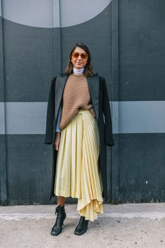 Best Street Style fashion for sale - Featured Fashion Trends - Best Street Style, Autumn Street Style, Street Style Looks, Street Chic, Street Wear, Fashion Week, Look Fashion, Winter Fashion, Fashion Outfits