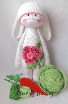 RITA the rabbit made by Marina M. / crochet pattern by lalylala ༺✿ƬⱤღ  http://www.pinterest.com/teretegui/✿༻