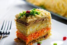 Торт-салат «Наполеон» — закуска к Новогоднему столу | ВокругСада.ру