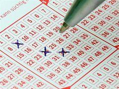 La Mujer y La Lotería