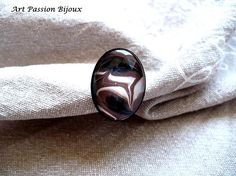 Hand painted on water ring, brown black white nail polish, adjustable ring, *ebru art, made in Italy.