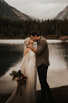 This styled bohemian wedding is the inspiration you have been looking for to start planning your very own boho elopement! Elope Wedding, Boho Wedding, Dream Wedding, Elopement Wedding, Paris Wedding, Perfect Wedding, Elopement Inspiration, Elopement Ideas, Essense Of Australia Wedding Dresses