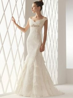 Mermaid Wedding Gown Off the Shoulder with Elegant Lace over Tulle