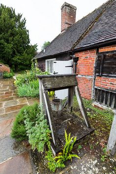 Water Well at the Jane Austen museum, Chawton Cottage, where she lived.