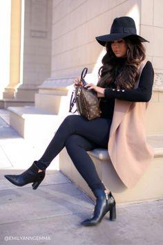 winter outfits leggins 44 Stunning Womens Winter F - winteroutfits Simple Winter Outfits, Winter Dress Outfits, Outfits With Hats, Winter Fashion Outfits, Mode Outfits, Casual Outfits, Fashion Boots, Outfits 2016, City Break Outfit Winter