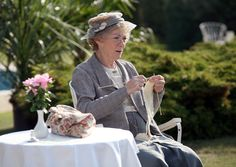 Geraldine McEwan as Miss Marple   getting her knitting done instead of pining I wish I had the time to knit hahahahahahaha