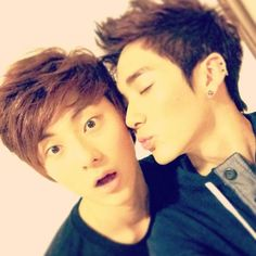 NU'EST    MINHYUN & ARON - And Minhyun stay away from my Aron!!!!!