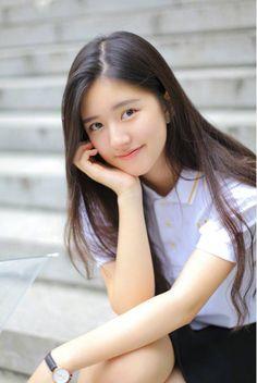 Triệu Lộ Tư Beautiful Chinese Girl, Cute Japanese Girl, Cute Asian Girls, Cute Girls, University Girl, Japan Girl, Poses, Ms Gs, Ulzzang Girl