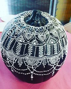 Halloween style!! Modern Bohemian Chic! Global Style! Black pumpkin with white henna-style artwork!! Fantastic!! Imagine a whole tablescape with great black-and-white textiles and tablecloths!! With lots of black and white candles! Maybe for a Fall or Harvest Table? For Thanksgiving or Friendsgiving?