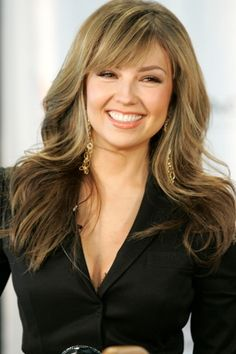 Thalia Mexican singer and actress, Thalia, announced that she will visit several countries in Latin America on her 2013 tour. Summer Hairstyles, Pretty Hairstyles, Blonde Color, Hair Color, Color Rubio, Cut And Color, Chic, Hair Makeup, Hair Cuts