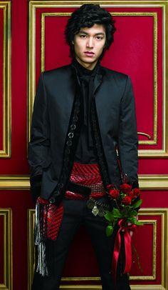 Lee Min Ho from Boys Over Flowers kdrama F4 Boys Over Flowers, Boys Before Flowers, Asian Actors, Korean Actors, Lee Min Ho Smile, Lee Minh Ho, Lee And Me, K Drama, Ji Hoo
