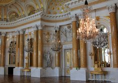 The Great Assembly Hall at  Warsaw's Royal Castle ~ My Traveling Joys