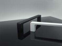 Tiradores blanco y negro Door Fittings, Drawer Pulls, Doors, Black And White