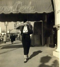 Film star Alice White outside of the Vine Street Brown Derby. (Bizarre Los Angeles)