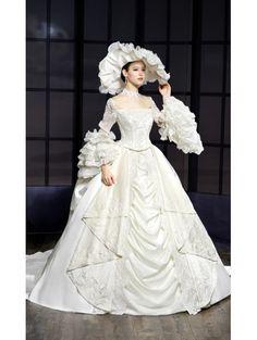 Victorian Wedding Dresses - Creating a new Era with Vintage Panache victorian wedding dresses royal victorian style wedding dress vubcgrt Long Sleeve Bridal Dresses, Wedding Dresses 2014, Cute Wedding Dress, Bridal Gowns, Wedding Gowns, Dress Long, Prom Dresses, Mode Costume, Fairytale Dress