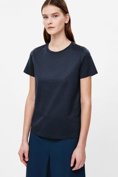 COS | Classic t-shirt in Navy