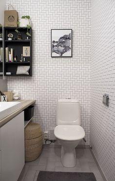 WC:n muodonmuutos - Sisustuskuva jäseneltä heidi_hajottamo - StyleRoom. Bathroom Spa, Bathroom Toilets, Washroom, Bathroom Ideas, Small Toilet, Sauna, Interior Decorating, Decorating Ideas, Decor Ideas
